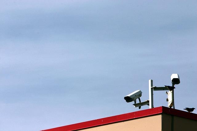 התקנת מצלמות אבטחה - שלב אחר שלב.