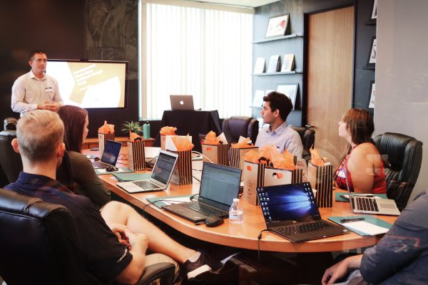 מולטימדיה לחדר ישיבות- לעבוד ביעילות ובמקצועיות